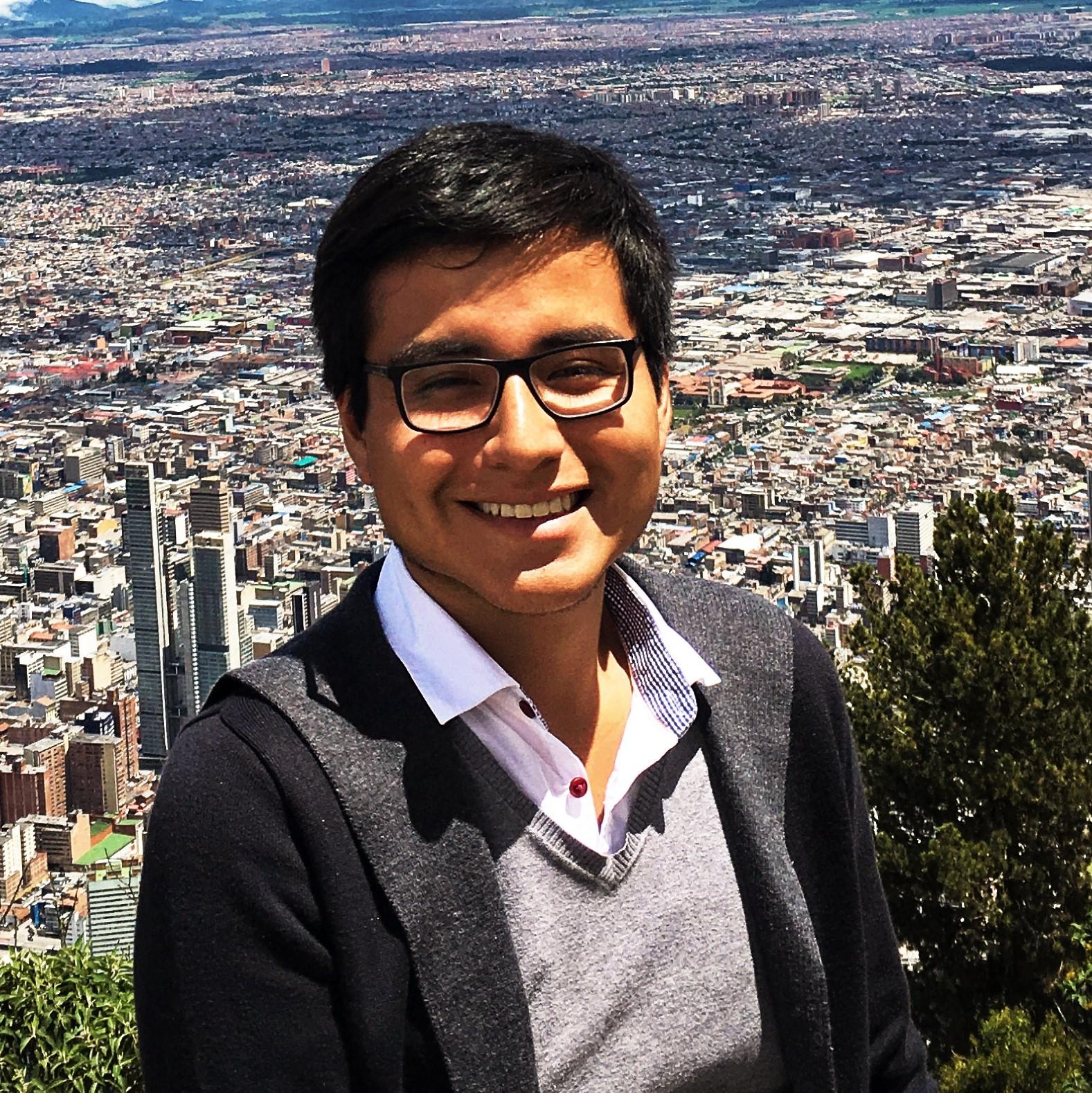 Adrian Tamariz Flores